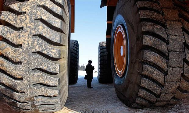 огромные грузовики