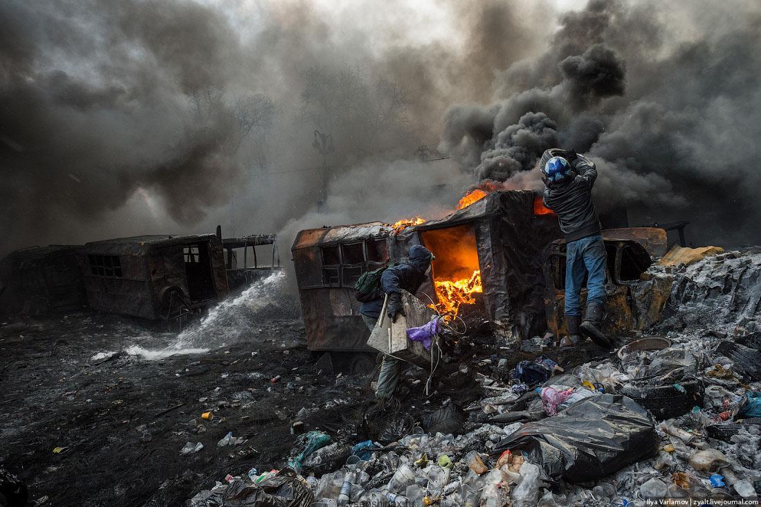 покрышки на Майдане