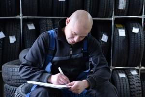США вела обязательную регистрацию шин при продаже!
